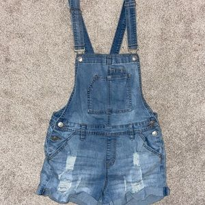 almost famous overall shorts
